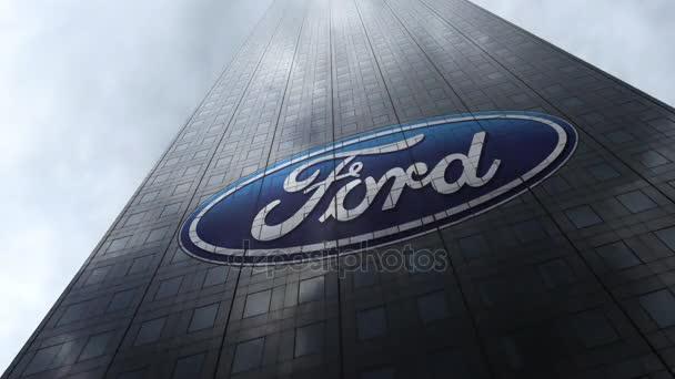 Ford Motor Company logo na mrakodrap fasádu odrážející mraky, časová prodleva. Úvodník 3d vykreslování