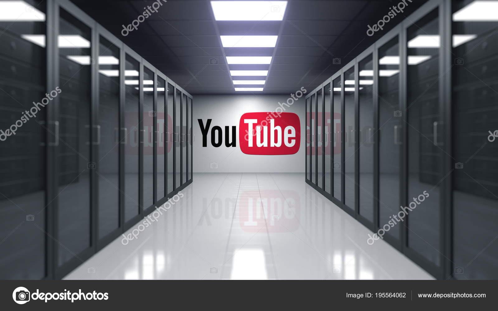 db7e882b94a58b YouTube logo op de muur van de serverkamer. Redactioneel 3D-rendering —  Stockfoto