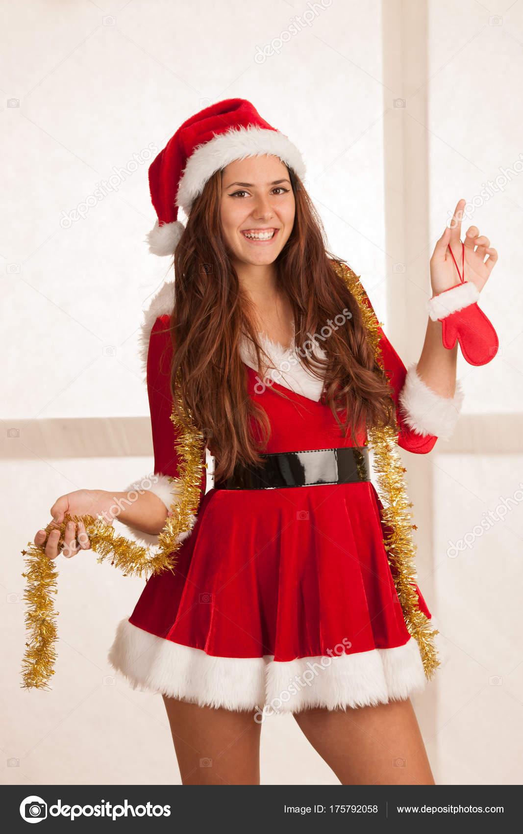 Hermosa Mujer Joven En Santa Rojo Vestido Para Navidad