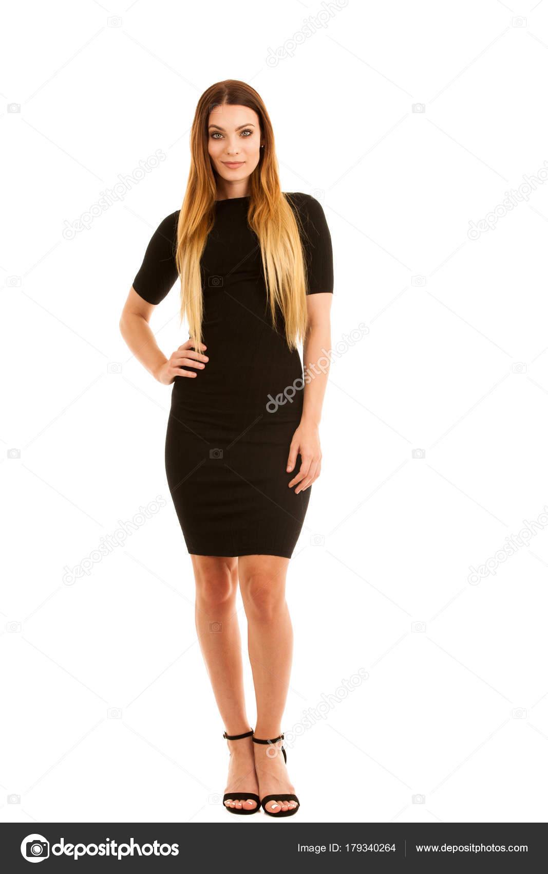 915660718d3aa5 Молодий ділової жінки в чорне плаття ізольовані над білим тлом повну  довжину фотографії — Фото від ...