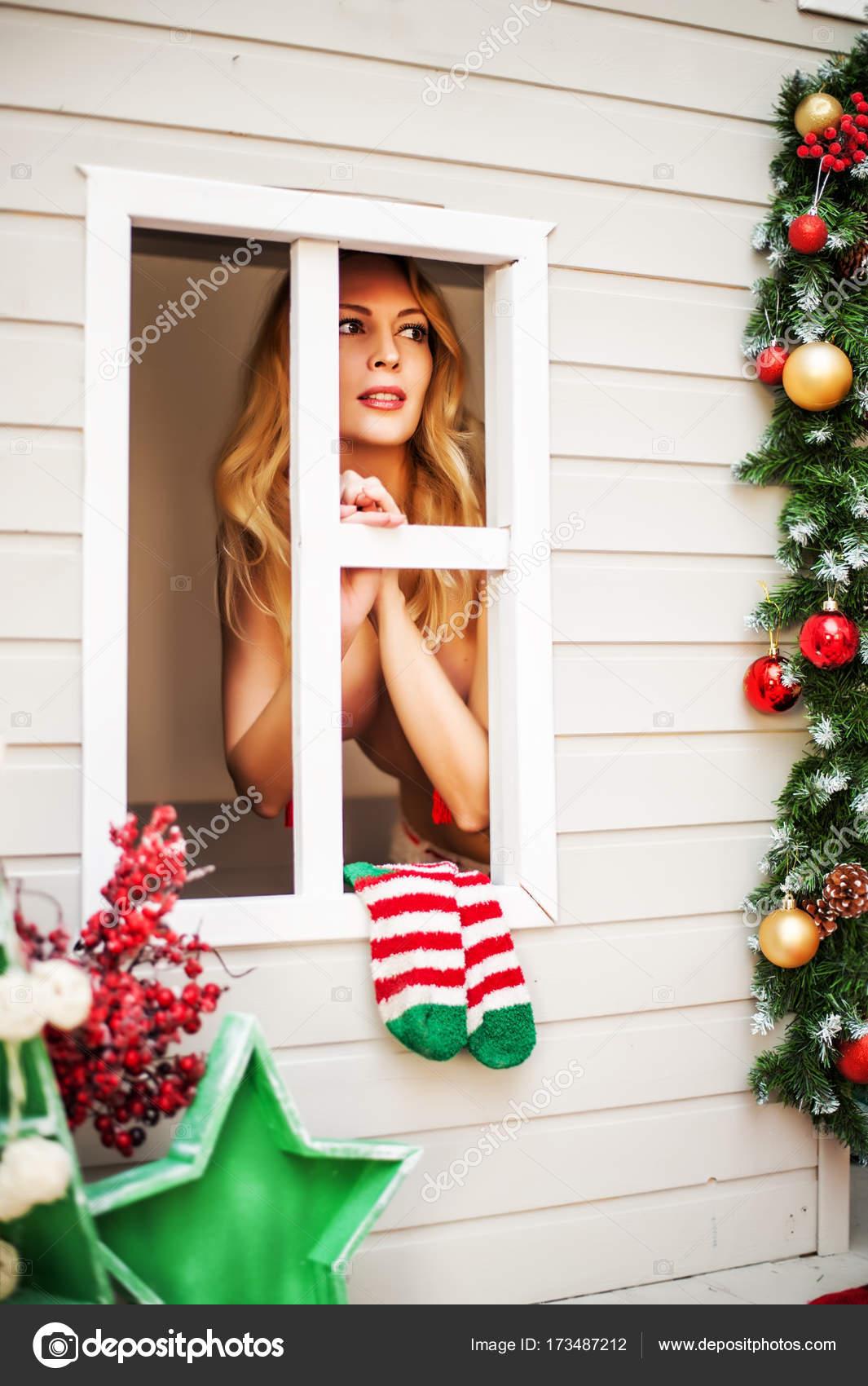 Weihnachten Mit Fantasy.Sexy Weihnachten Elfen Fantasy Haus Stockfoto Katalinks 173487212