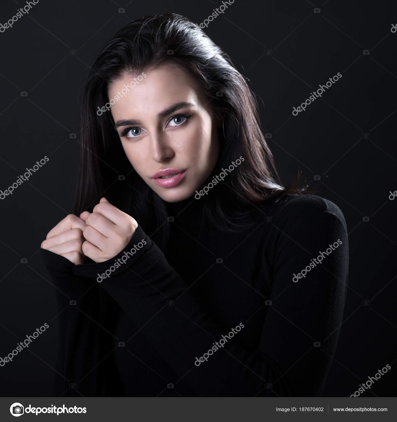 csinos fekete lány képek