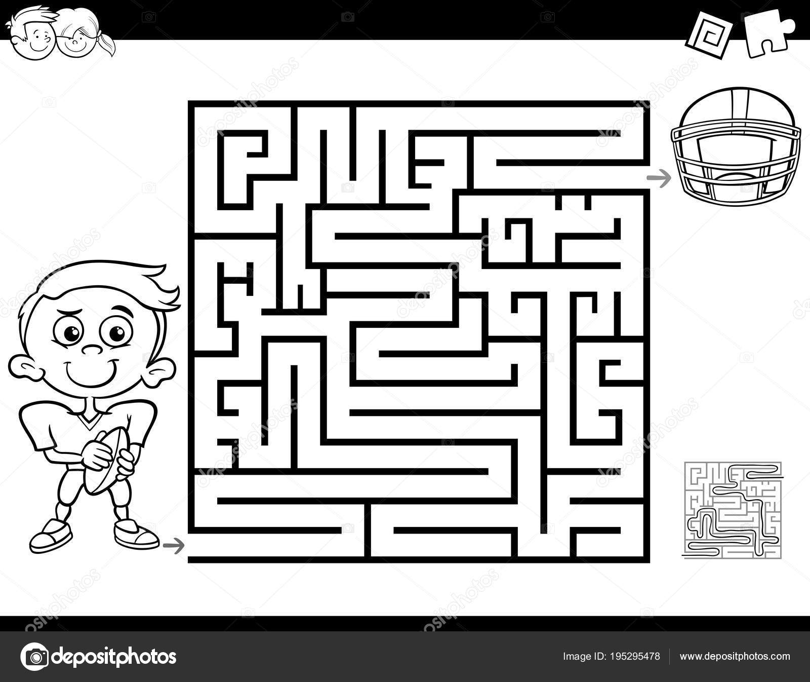 Labyrinth farbbuch mit jungen und Fußball — Stockvektor © izakowski ...