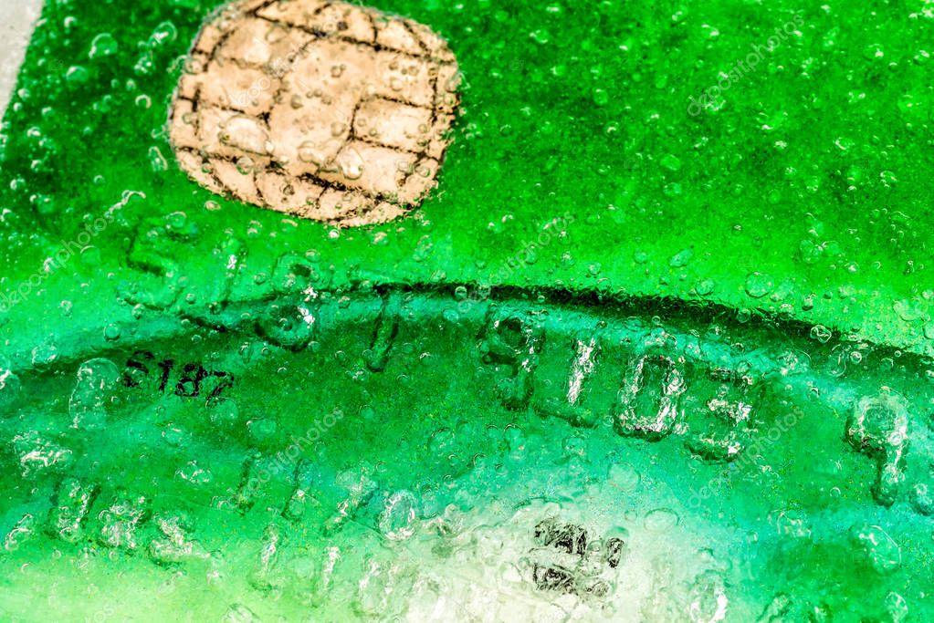 как заморозить кредитную карту