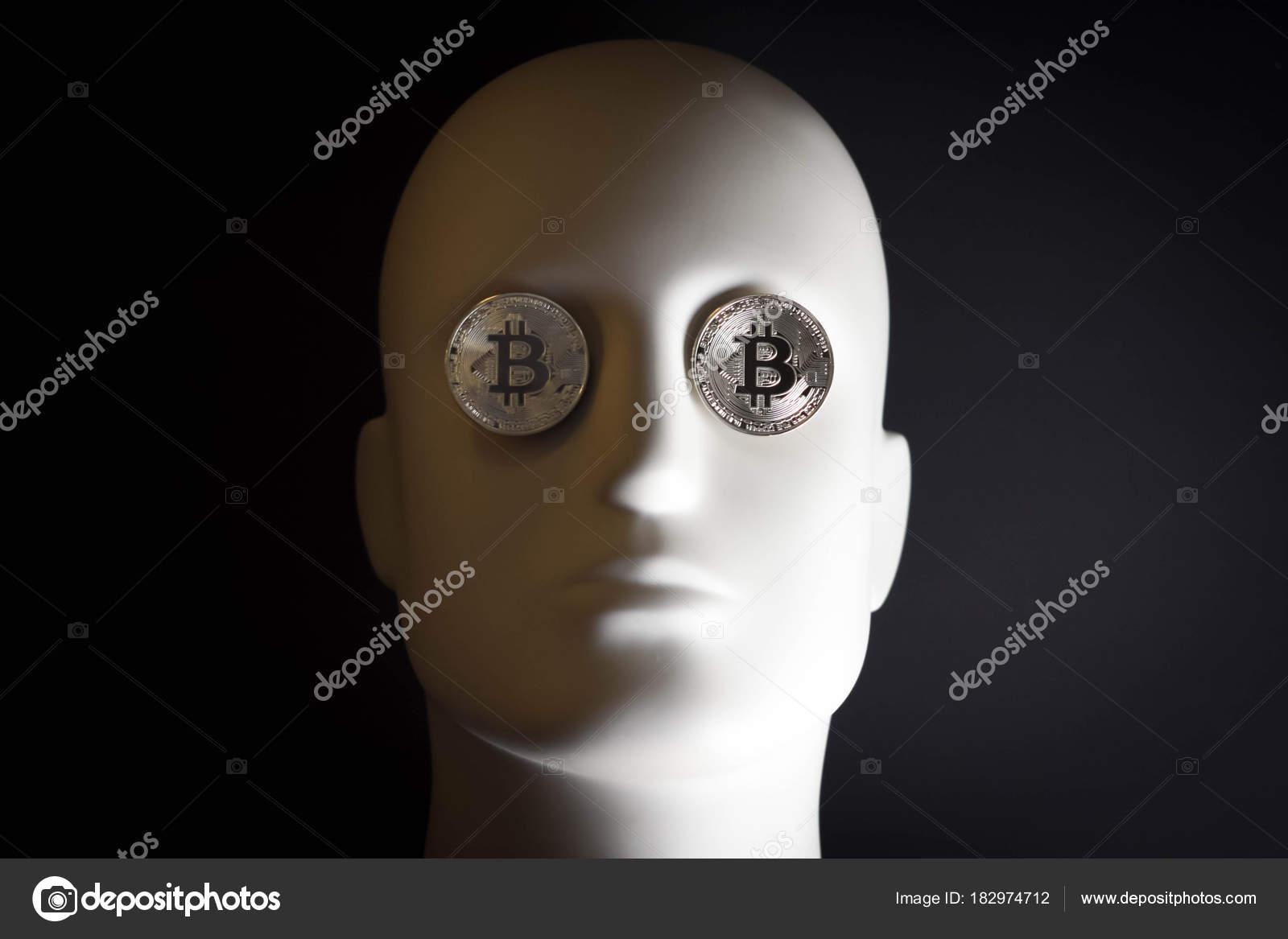 Weißer Kopf Mit Augen Von Bitcoin Münzen Redaktionelles Stockfoto