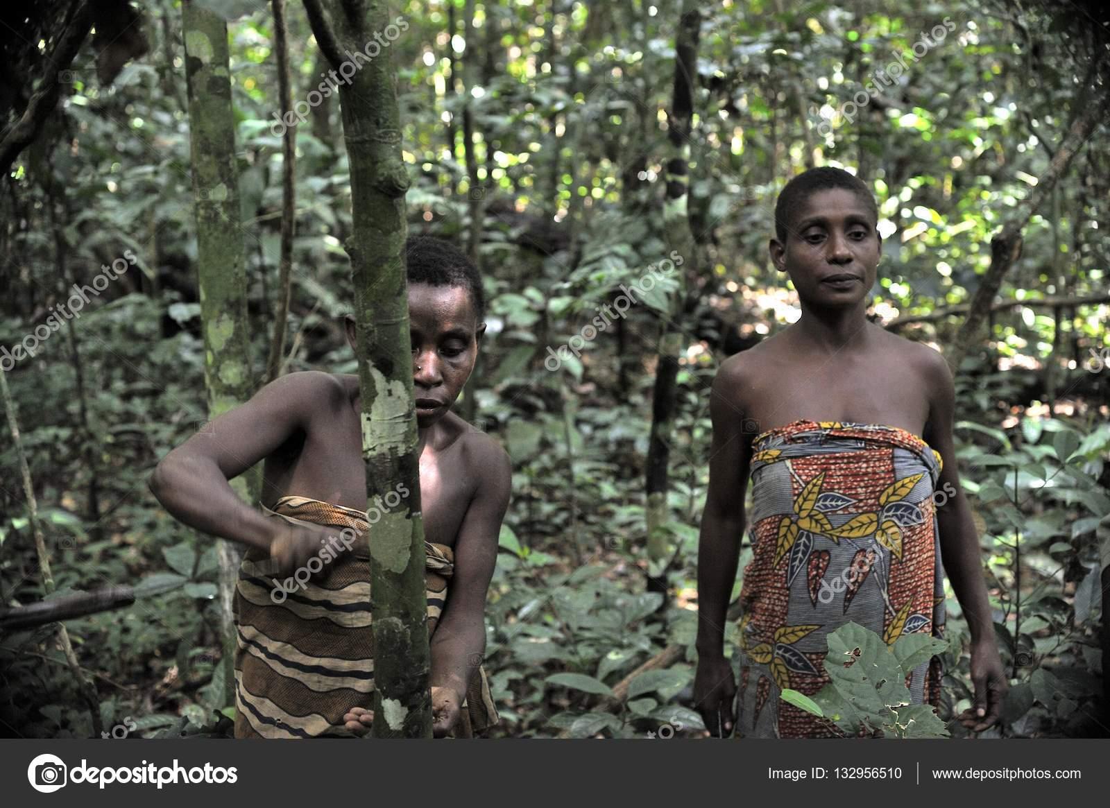 meztelen afrikai hölgyek kép