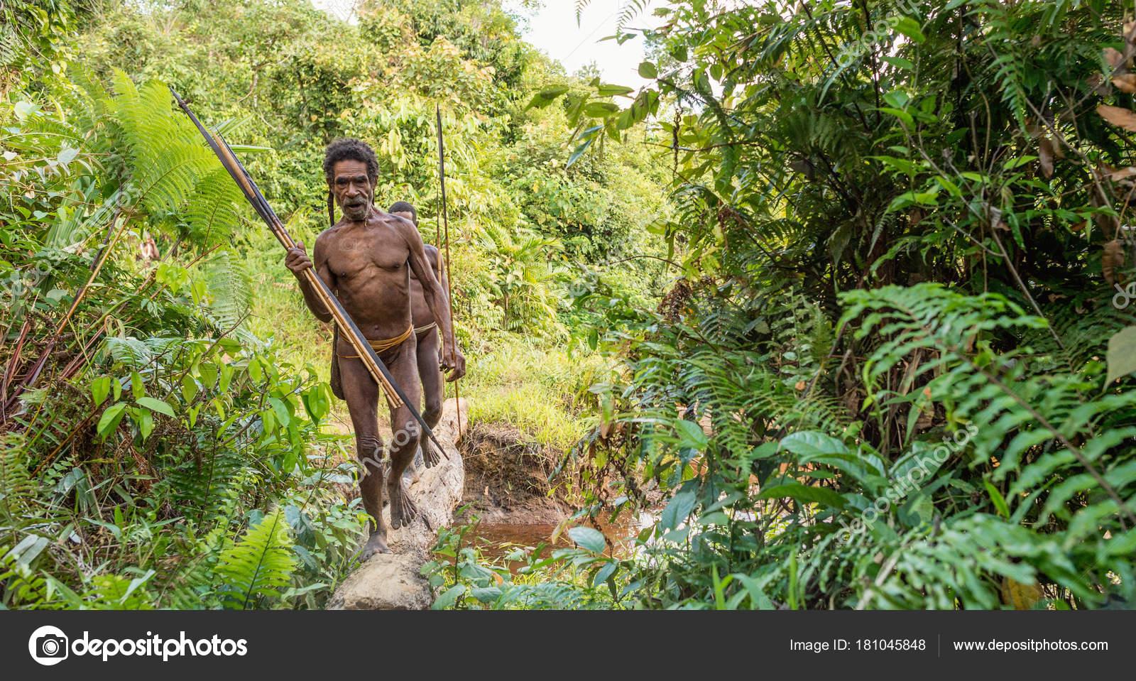 Wild Jungle New Guinea Island Indonesia June Papuans Korowai Kolufo