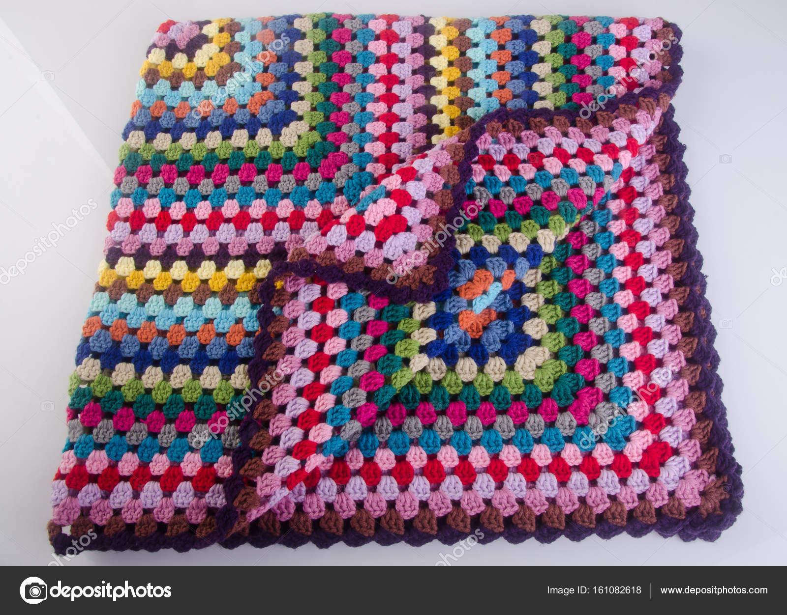 Decke Oder Eine Decke Häkeln Auf Einem Hintergrund Stockfoto