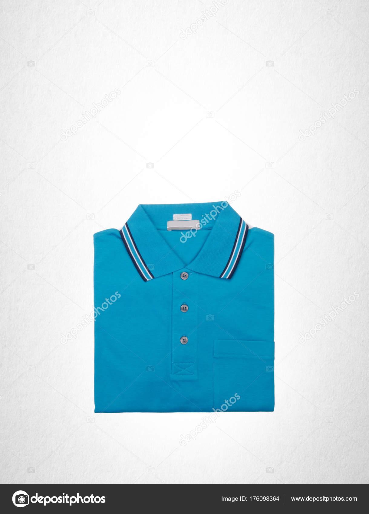 online retailer c77c7 cdab1 Hemd oder Poloshirt auf weißem Hintergrund. — Stockfoto ...