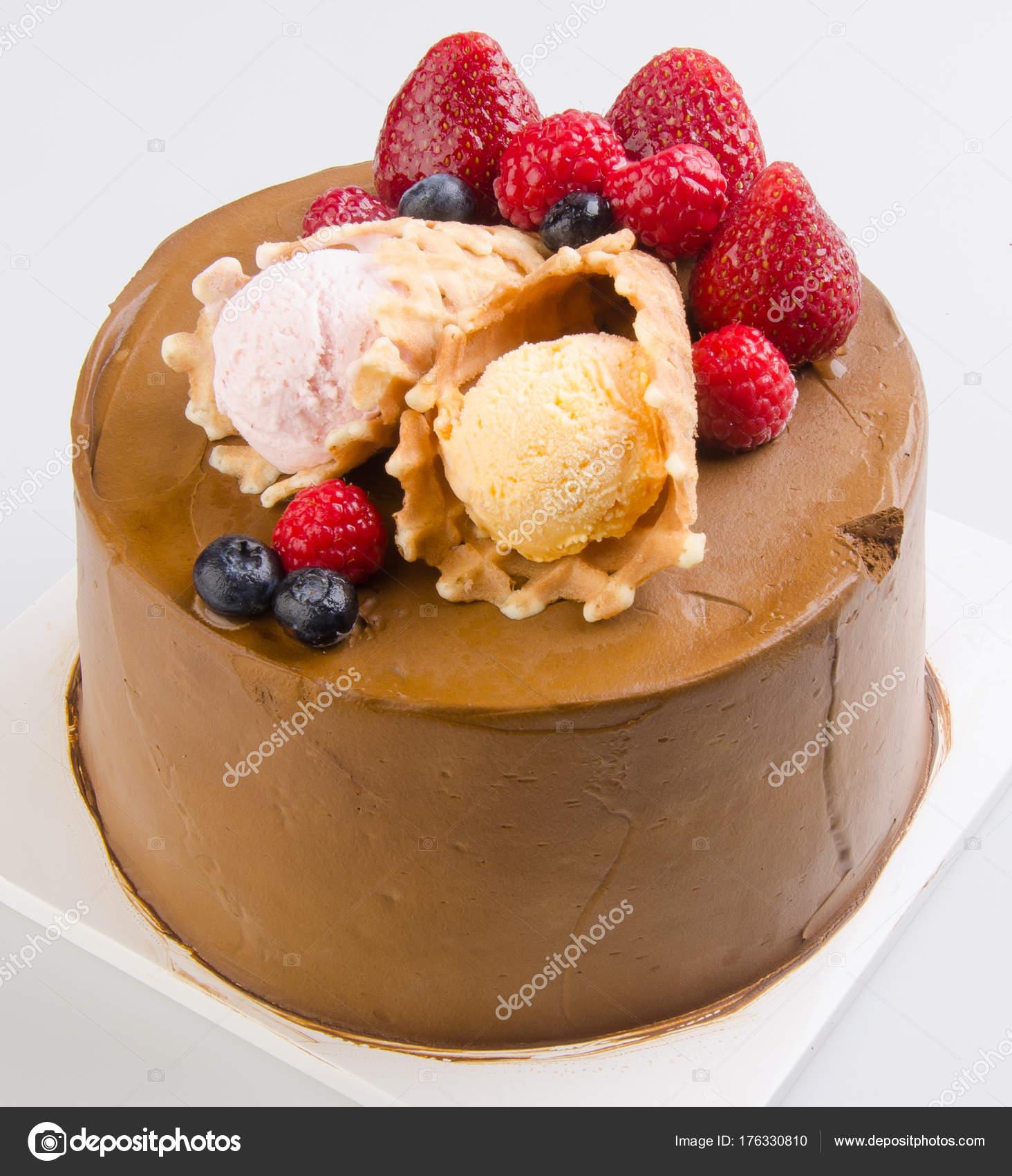 Kuchen Eis Kuchen Auf Hintergrund Stockfoto C Heinteh 176330810