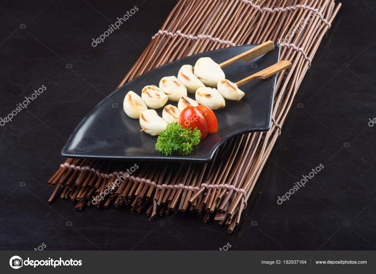 Outdoor Küche Aus Japan : Japanische küche. japanische bbq knoblauch auf dem hintergrund