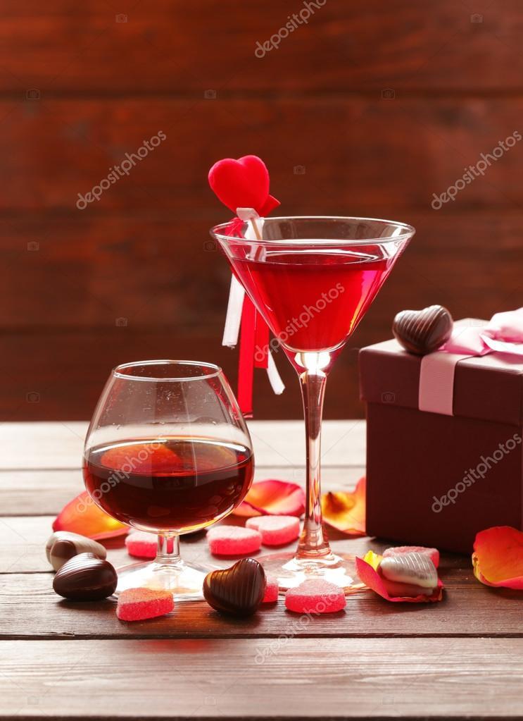Alkoholische Getränke für die festliche Party. Schokolade ...