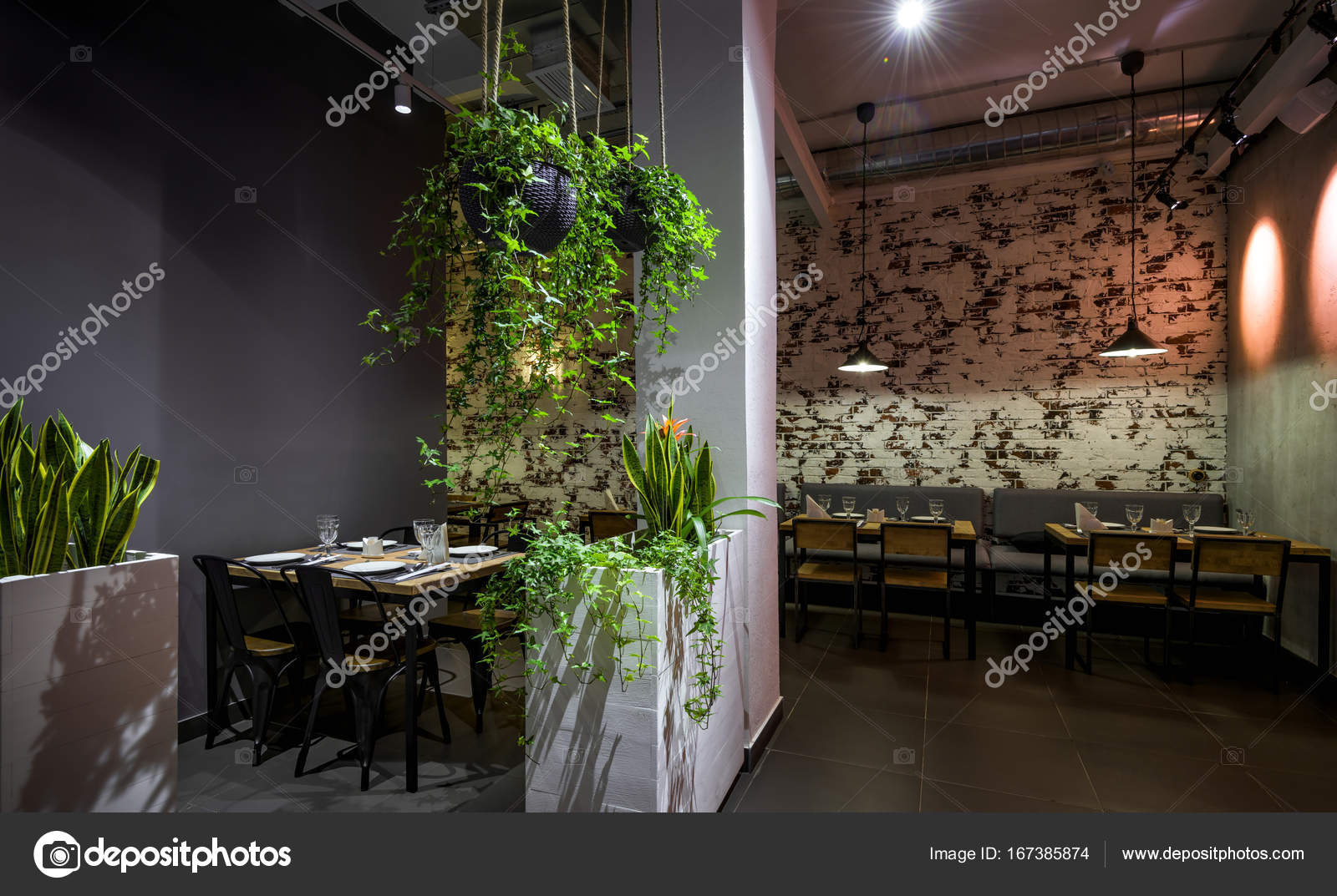 Interior of a Thai restaurant – Stock Editorial Photo ...