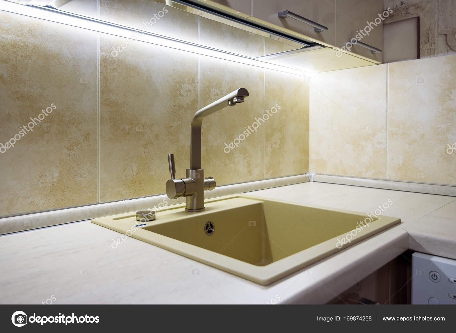fregadero de cocina moderna — Fotos de Stock © scaliger #169874258