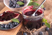 Photo blueberry jam in jar