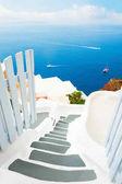 architettura bianca sullisola di santorini, Grecia