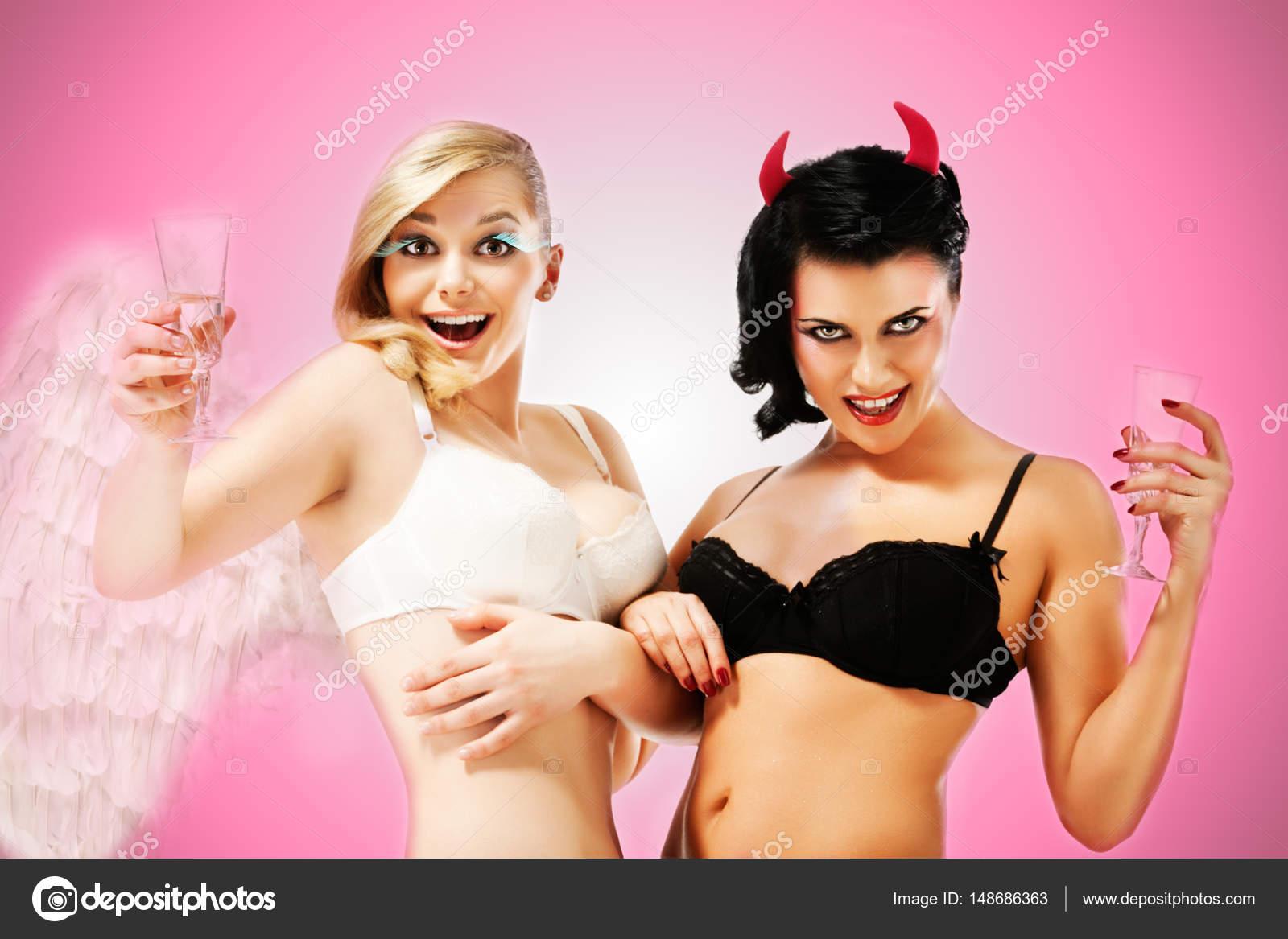 σέξι γυμνό νεοσσών φωτογραφίες