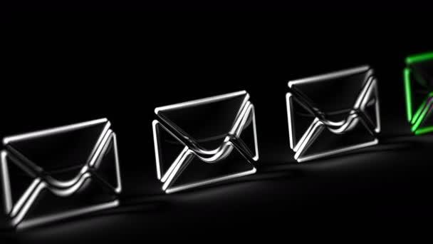 Ikona e-mailu na černém pozadí. Záznam ze smyčky. 3D ilustrace.