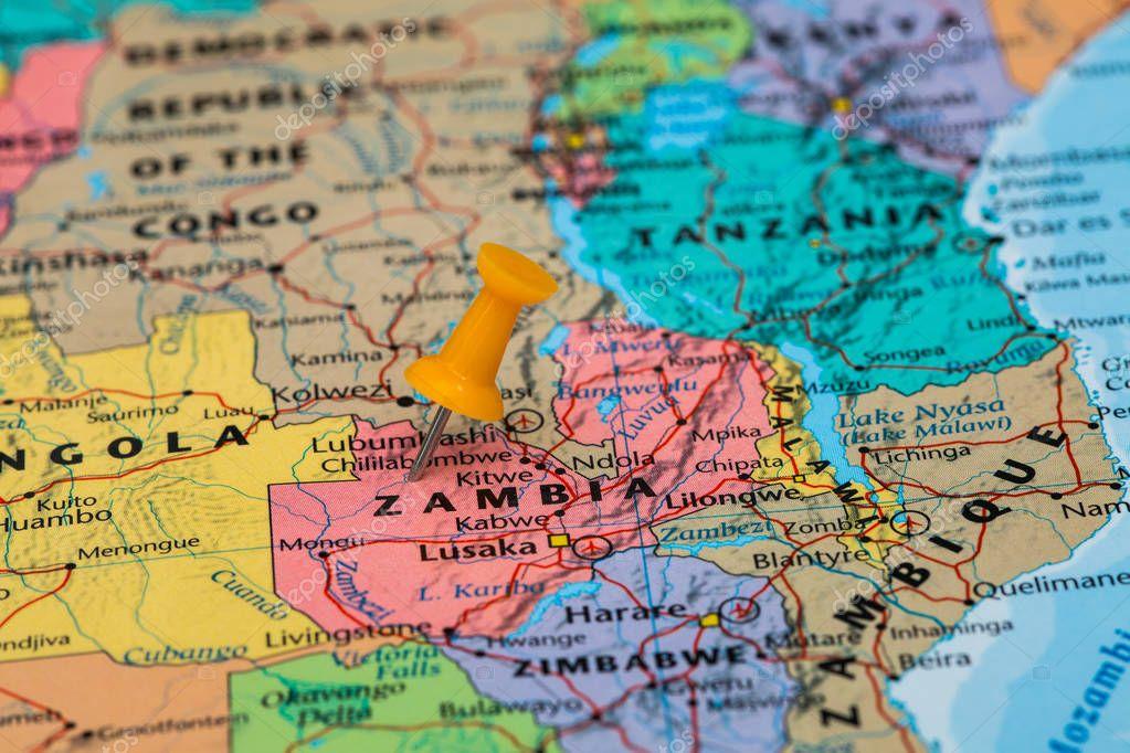 Mapa de zimbabwe con una chincheta amarilla pegada foto de stock mapa de zimbabwe con una chincheta amarilla pegada foto de stock gumiabroncs Choice Image