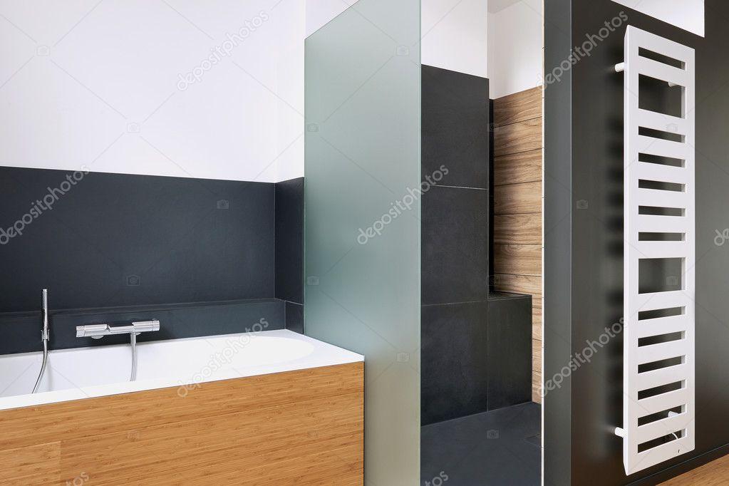Vasca da bagno e doccia in bagno u foto stock with vasca - Pannelli copri piastrelle bagno ...