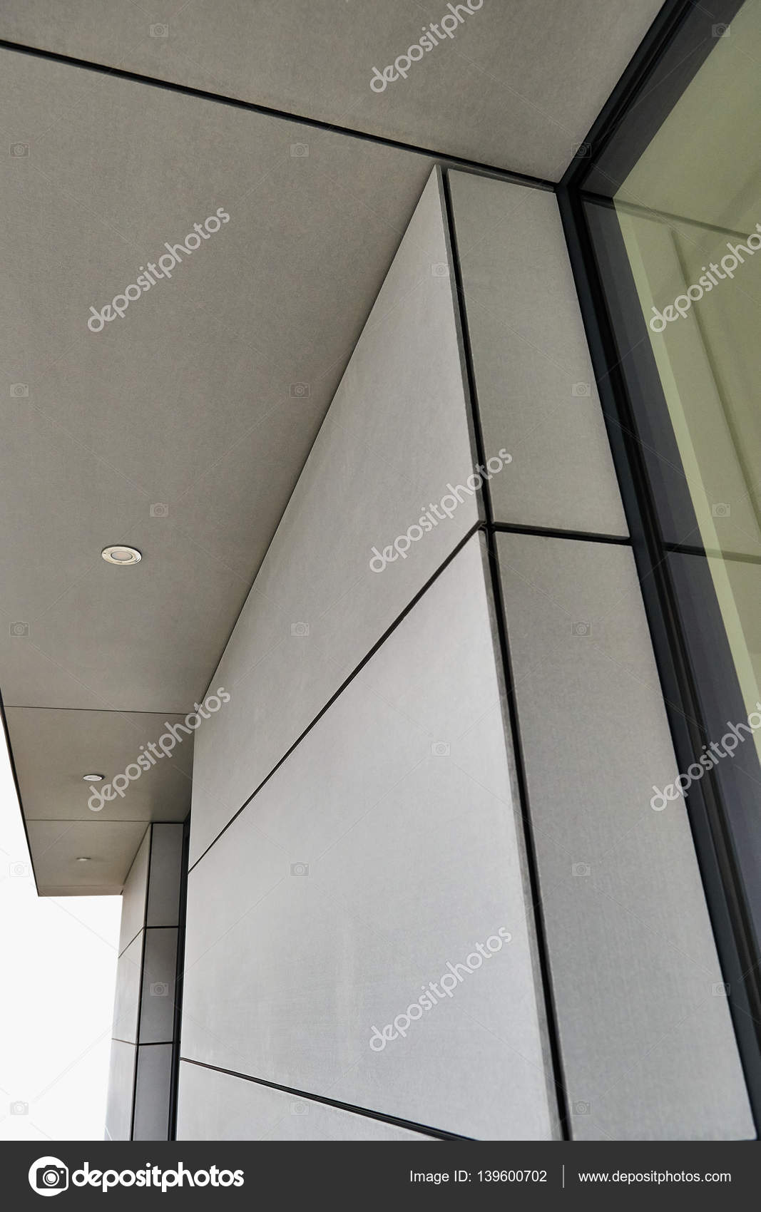 Exterior cladding of the residential building — Stock Photo