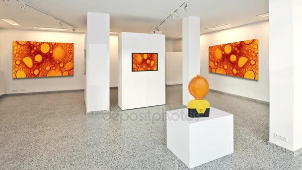 Kinograf Wystawa Galeria Sztuki Z Muzeum Stylu Oświetlenie Montowane Na ścianie Streszczenie Sztuka Jest W Ruchu