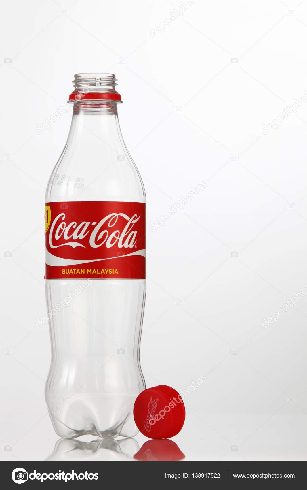 empty coca cola plastic bottle � stock editorial photo