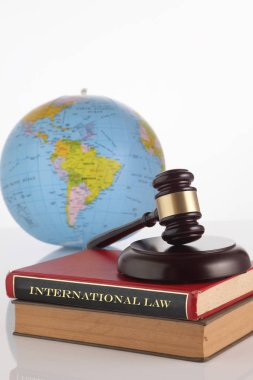 judge gavel and globe