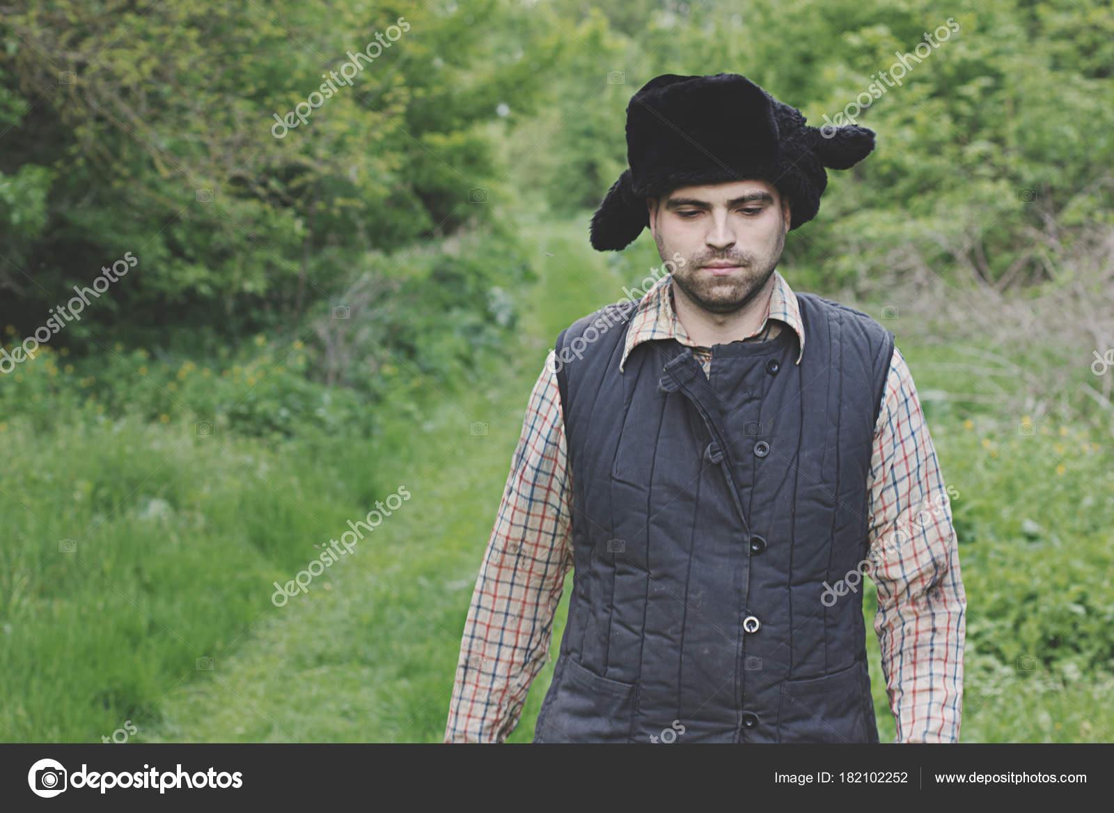 leñador en el sombrero — Foto de stock © solstudio  182102252 6a5649f791b