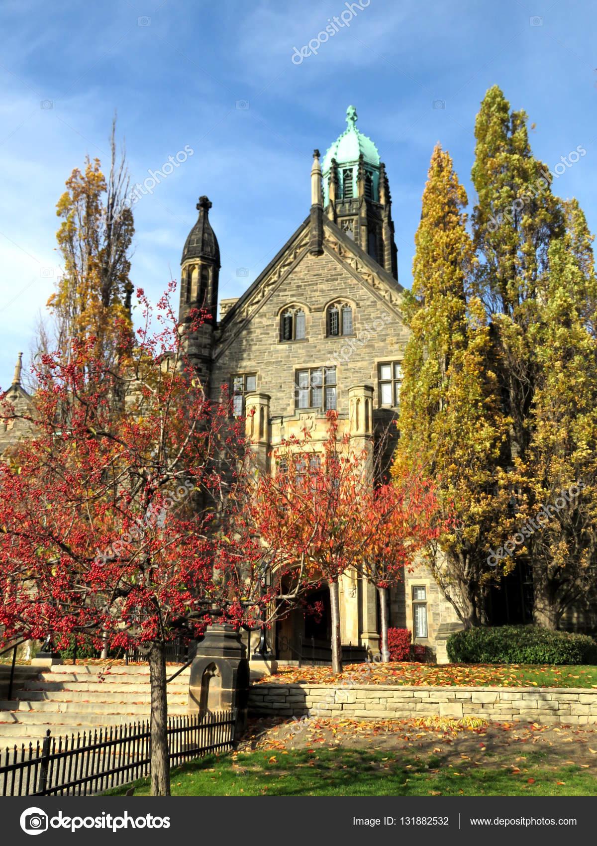 Toronto University view of Trinity College 2016 — Stock Photo ...