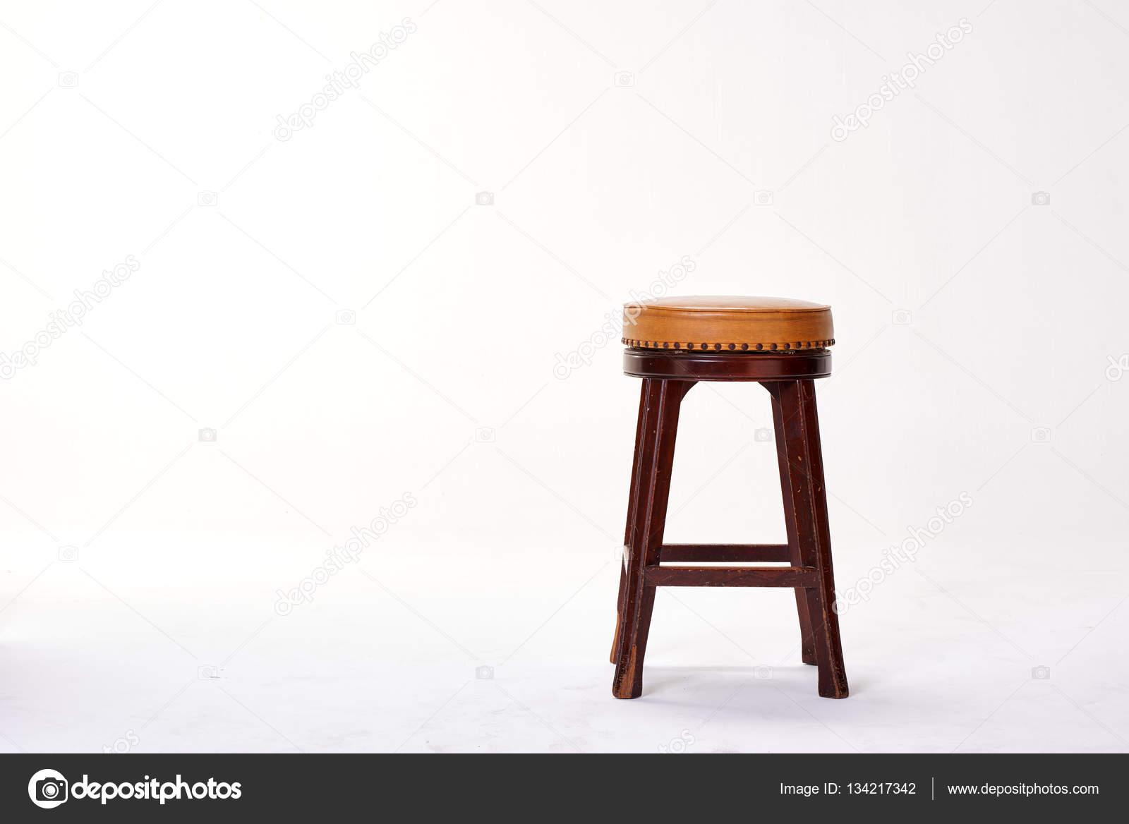 Sgabello bar isolato sfondo bianco u foto stock pongans gmail