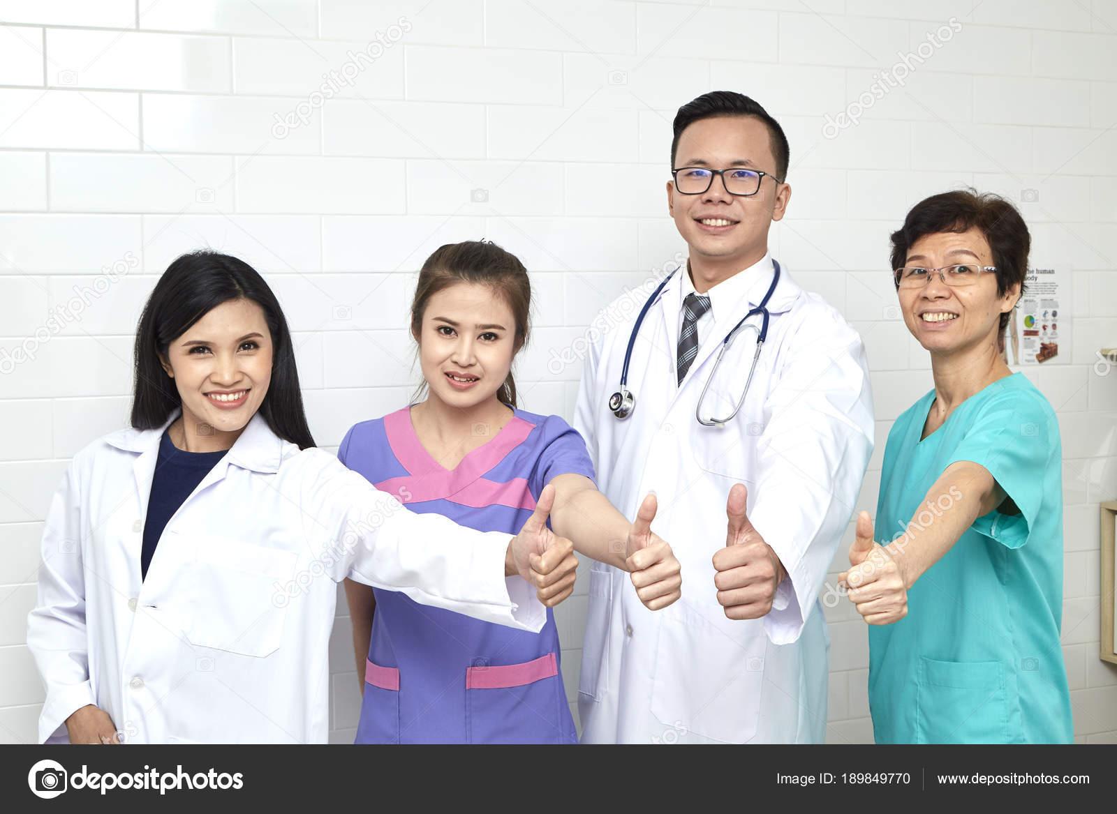 Orvos állandó nővér