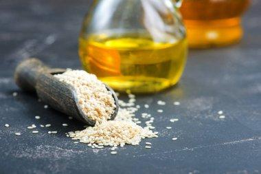 sesame oil in bottle