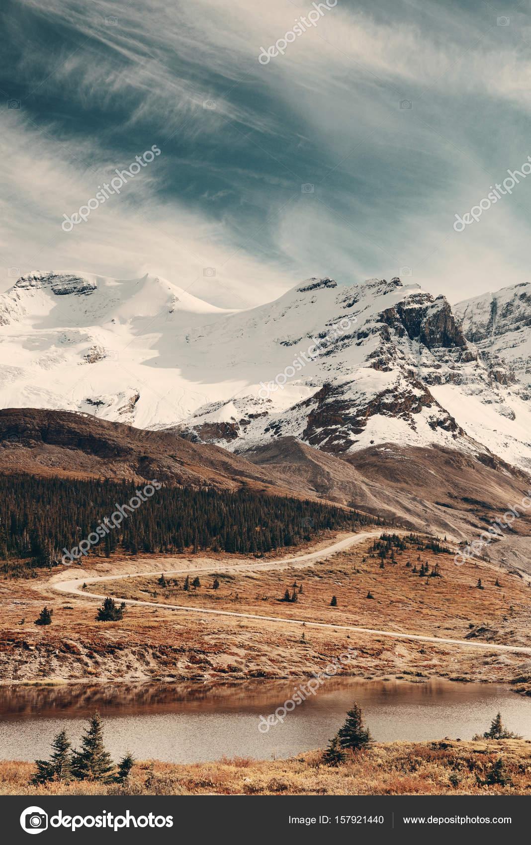 Champ Glace Les Montagnes Couvertes Columbia De Avec Neige hdCtsQr
