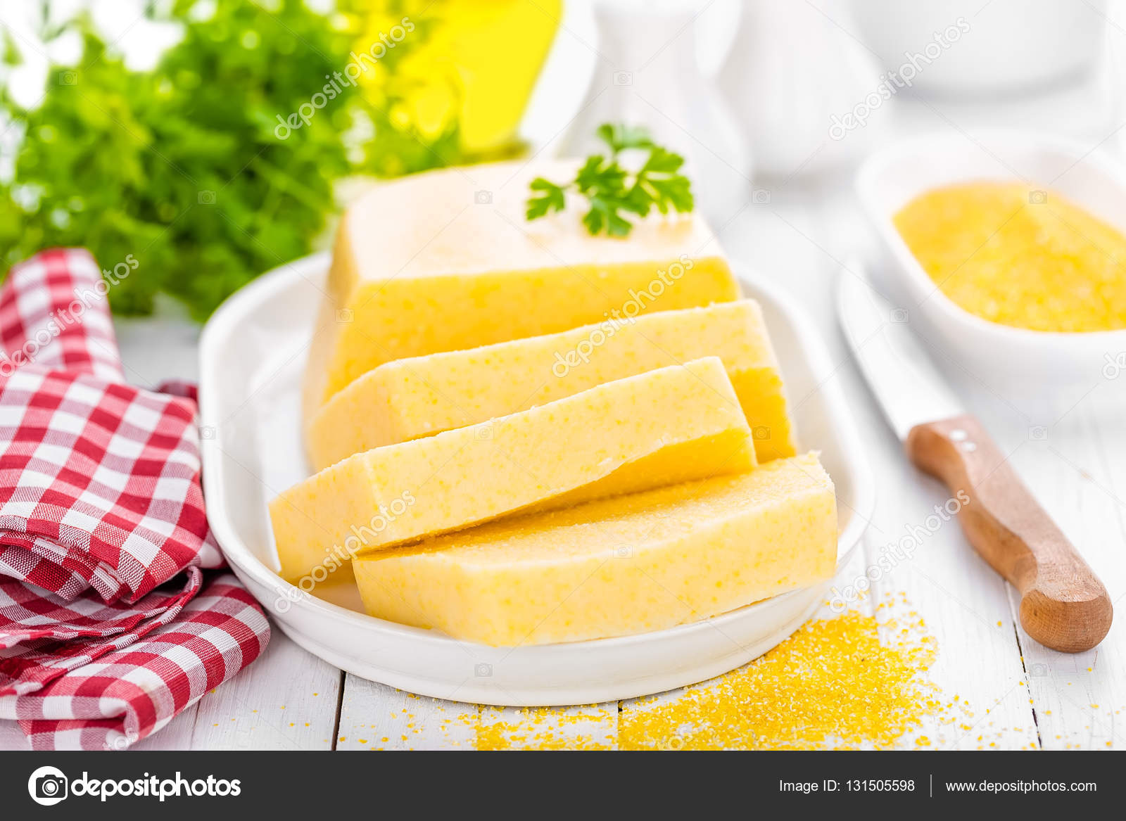 Domates ve Peynirli Polenta