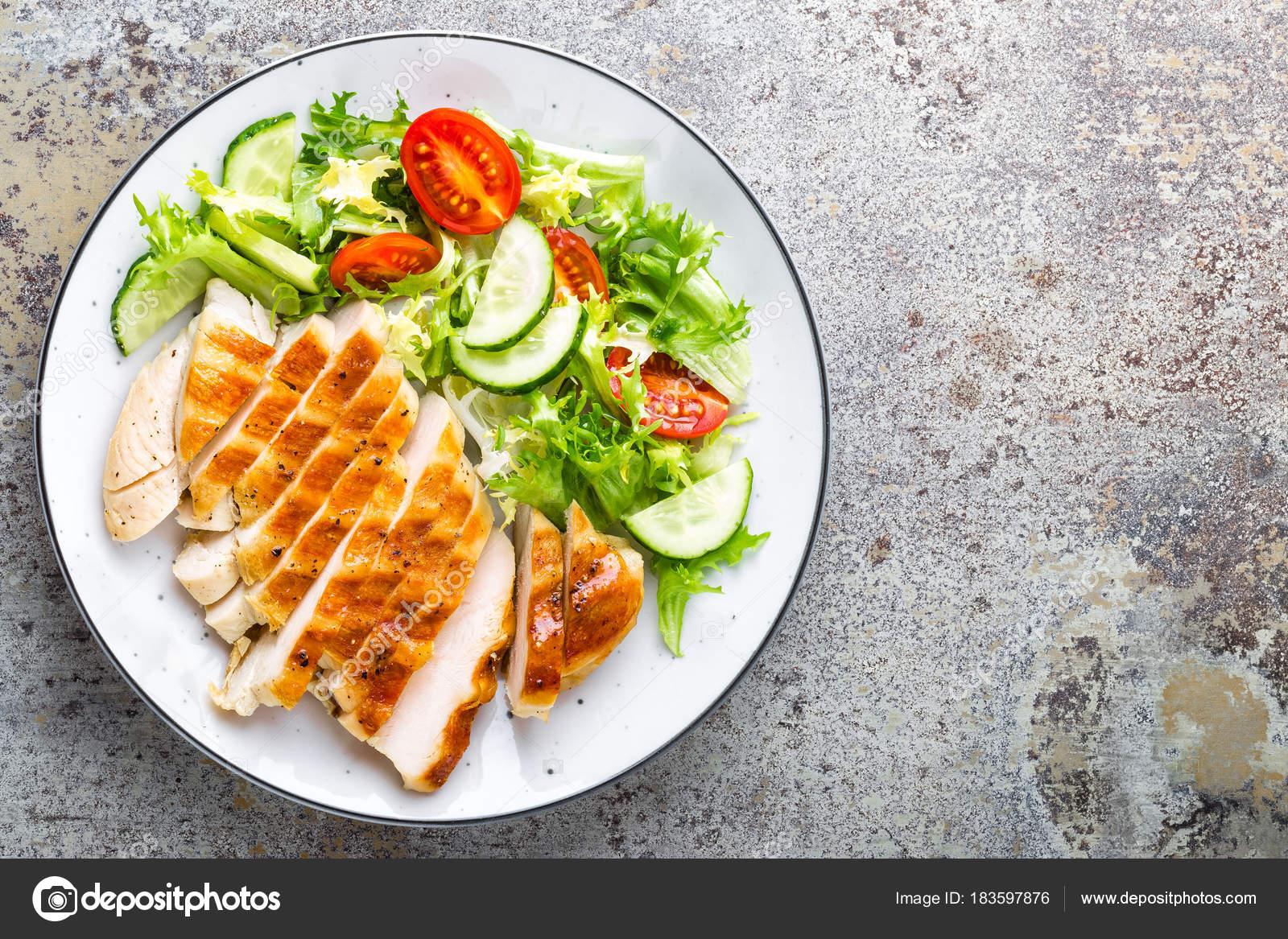 dieta di pomodoro e lattuga di pollo
