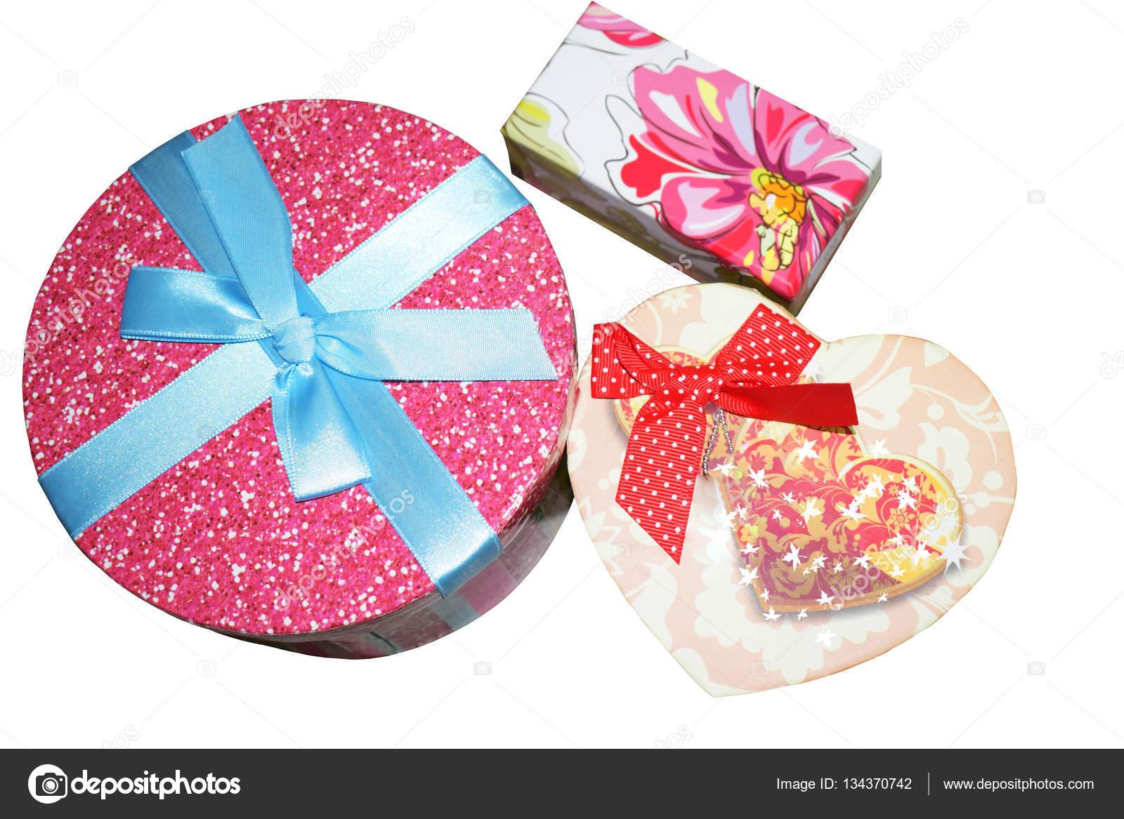 Χάρτινο κουτί με διακοσμητικά — Φωτογραφία Αρχείου © golubka57 ... f9776676802