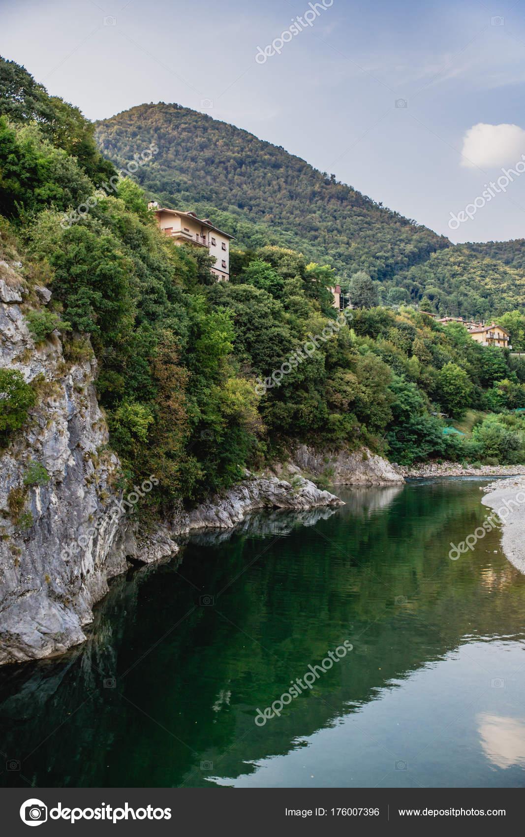 ロンバルディア州 イタリアの地...