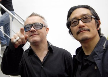 Michael Joo, Damien Hirst at the opening of the exhibition