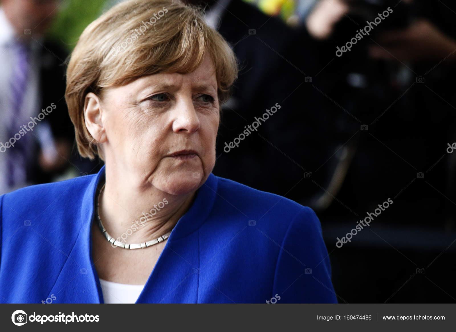 Михаил Погребинский рассказал как Ангела Меркель уничтожила