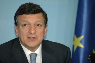 Jose Manuel Barroso at a press conference