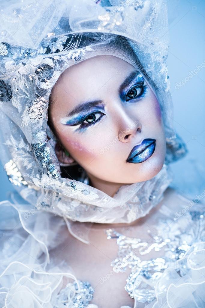 Maquillage de fille de Noël. Maquillage beauté \u2014 Image de Nasgul