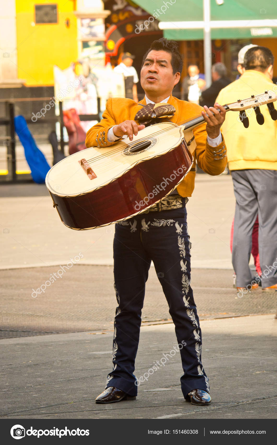 Mariachi band play mexican music – Stock Editorial Photo