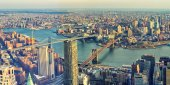Fotografie Panoramic view of Manhattan and Brooklyn Bridges. Cityscape of New York.