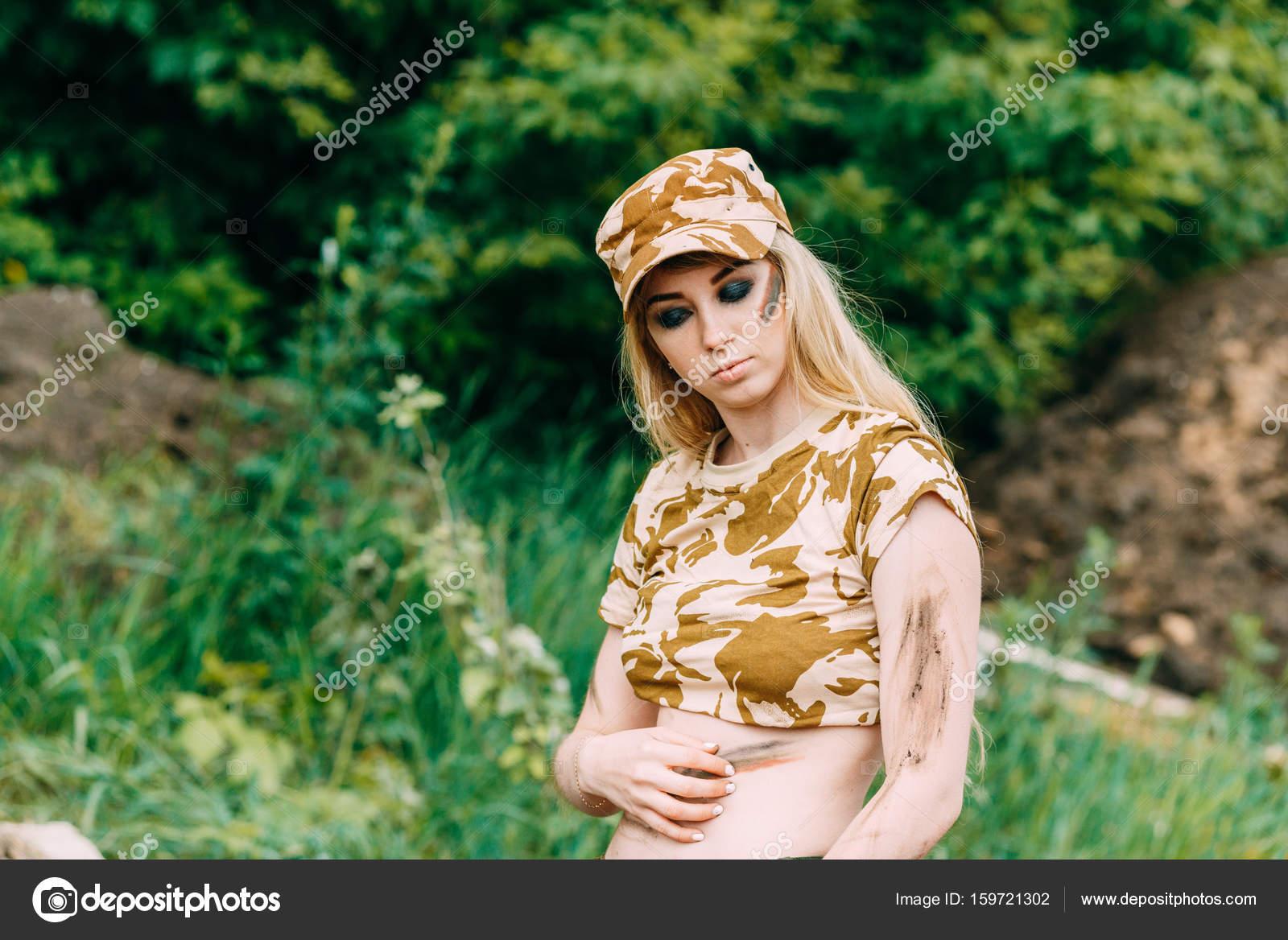 Частные фотографии красивой женщины, сексуальные телки в мини юбках фото