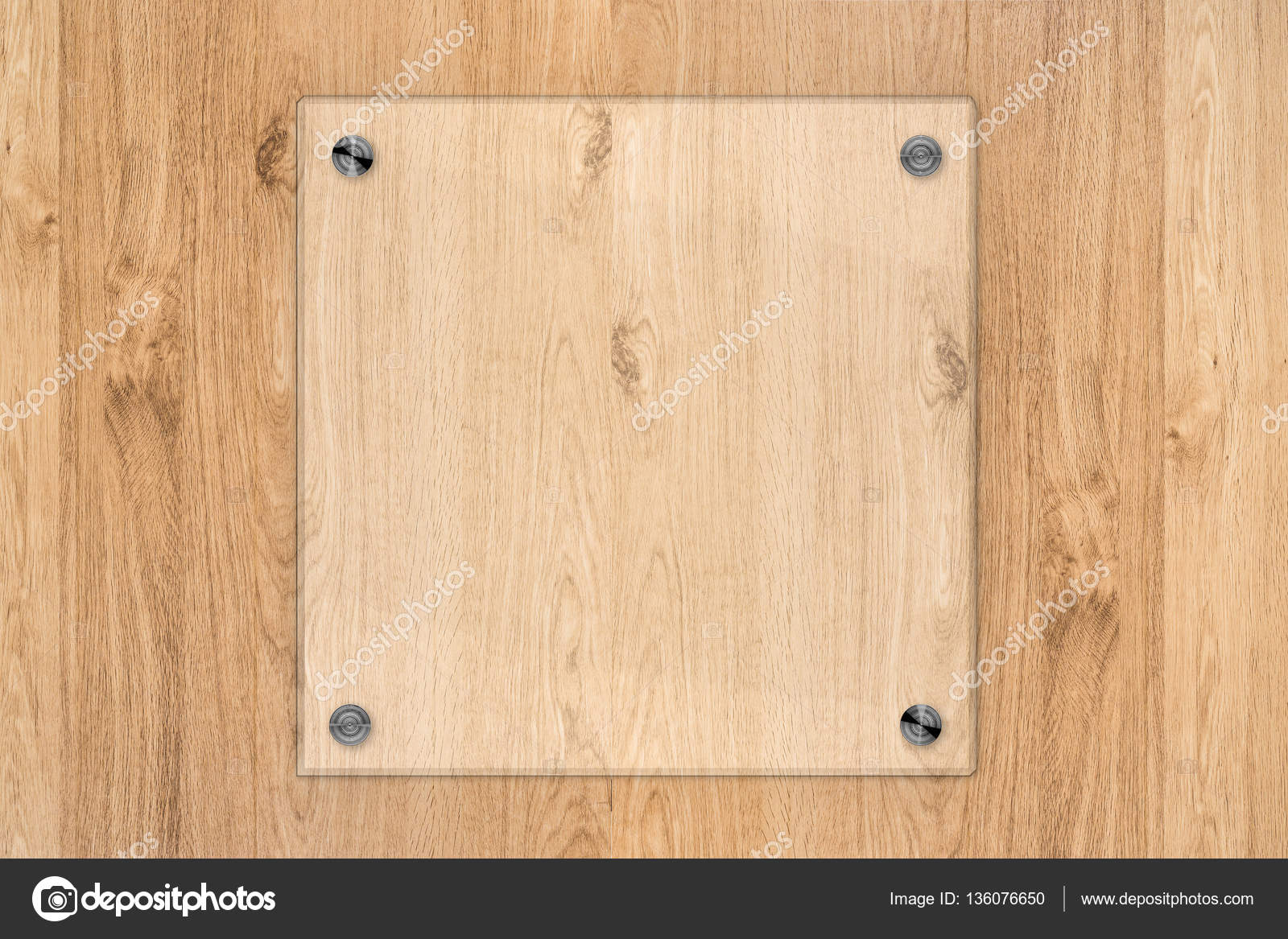 marco de tablero o acrílico de cristal sobre fondo de madera — Fotos ...