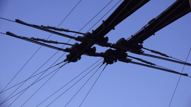 Wires and contacts for trolley. 4K.