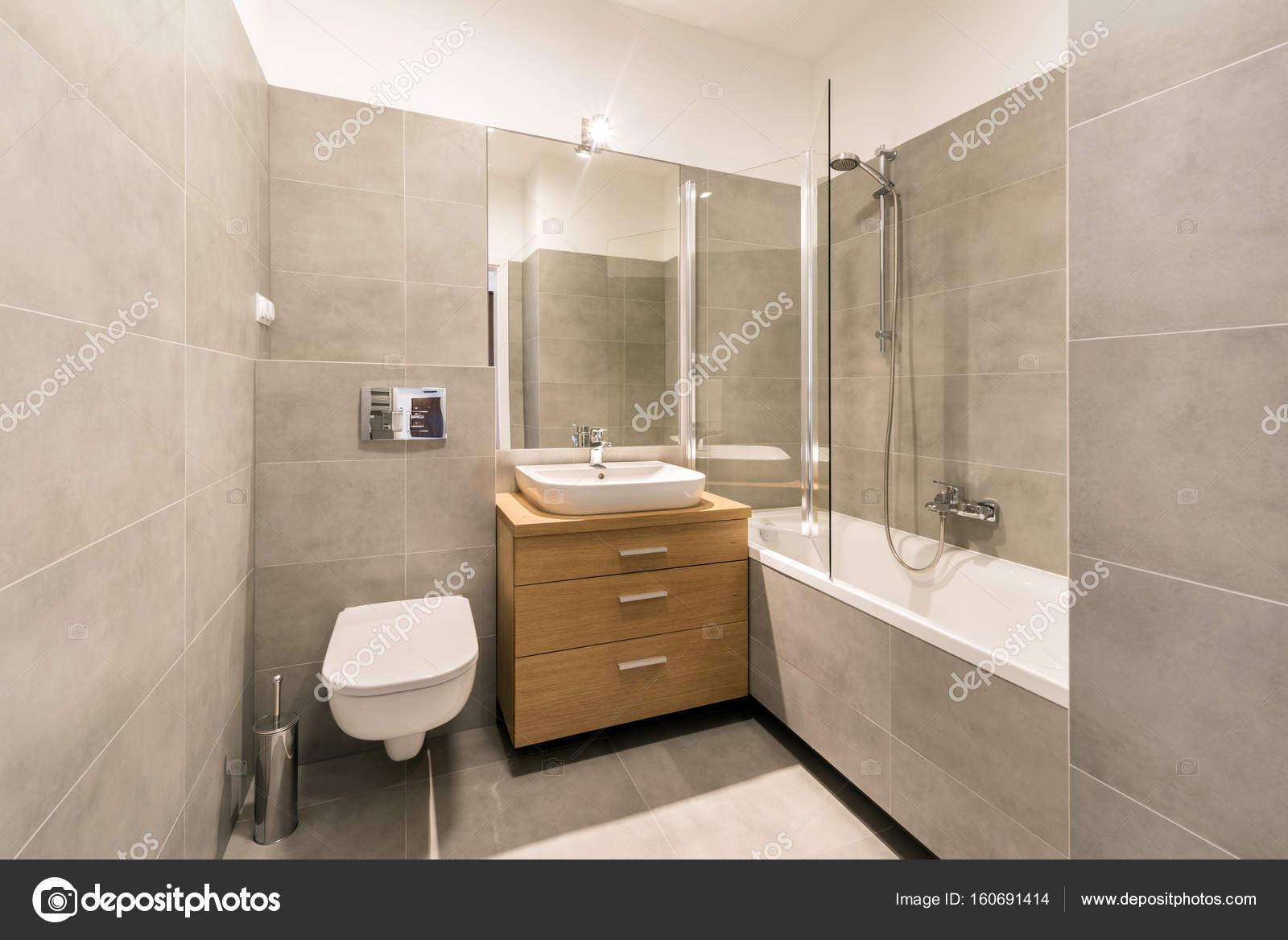 Modernes Bad Mit Fliesen Auf Dem Fußboden U2014 Stockfoto