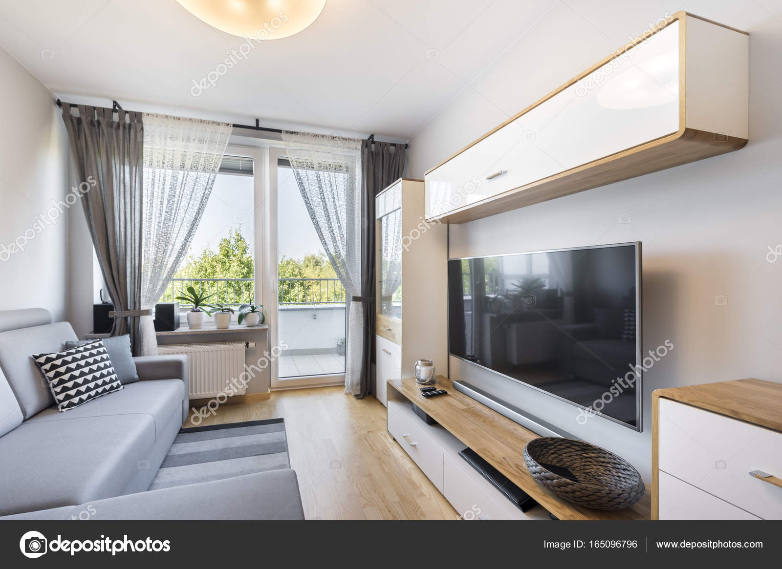 Woonkamer Klein Appartement : Woonkamer in klein appartement u stockfoto jacek kadaj