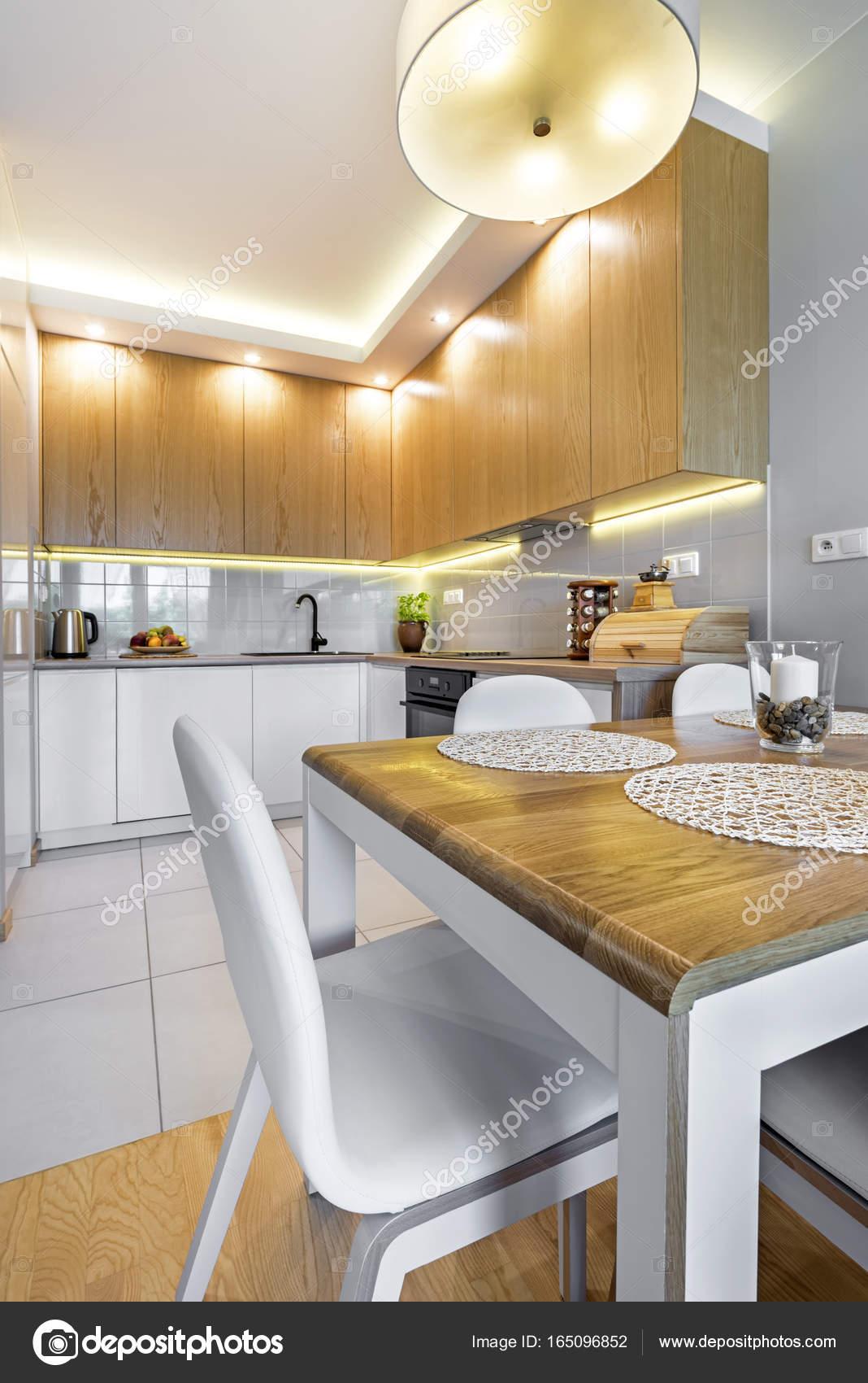 arredamento cucina moderna — Foto Stock © jacek_kadaj #165096852